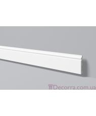 Напольный плинтус гладкий NMC Floorstyl FL2 (2,44 м)